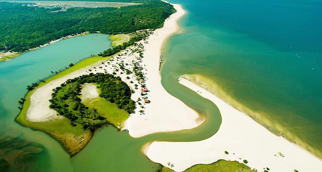 Que tal fazer uma viagem de ônibus de norte a sul do Brasil e conhecer esse paraíso que é Santarém, no Pará?