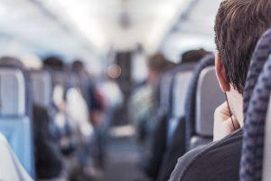 Jovens de baixa renda, de 15 a 29 anos, podem viajar de graça de ônibus entre estados do Brasil.