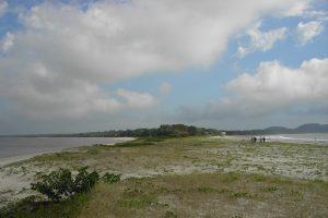 O Istmo ou passa-passa é a parte mais estreita da Ilha do Mel