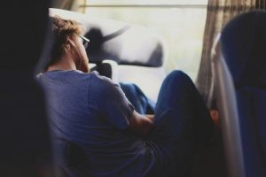 E se for necessário dormir em uma rodoviária no meio da sua viagem?