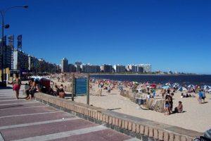 Rambla Pocitos e sua bela paisagem em Montevidéu