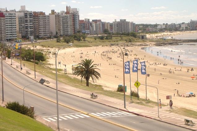 Montevidéu é um destino próximo que faz muito sucesso entre brasileiros