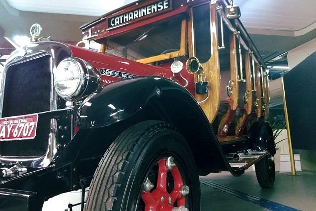 Jardineira, de 1928, foi o primeiro ônibus da Catarinense