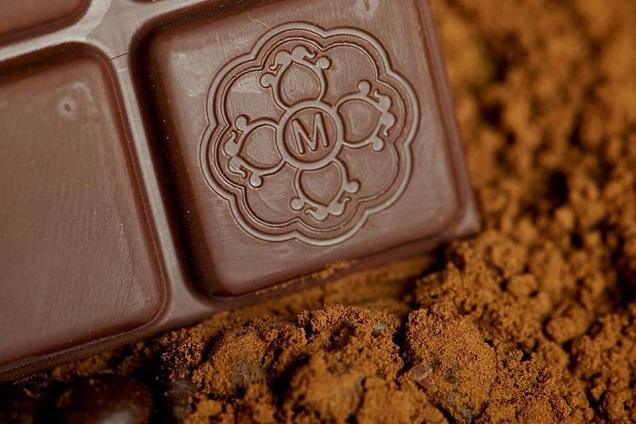 Chocolate Mendoá é produzido pela fazenda Riachuello, em Ilhéus