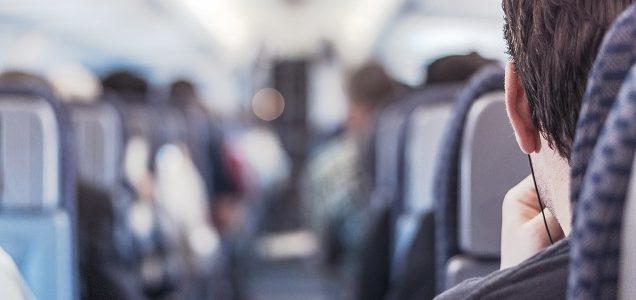 Saiba quem tem direito à passagem gratuita de ônibus com a ID Jovem