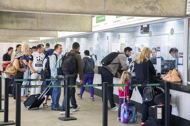 Passageiros devem antecipar a compra da passagem para o fim de ano. Imagem: Valdecir Galor/SMCS/Divulgação