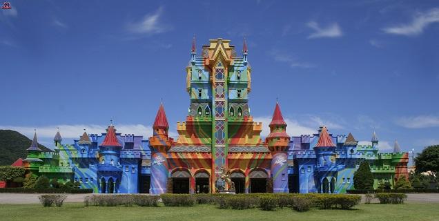 Beto Carrero é comparado com a Disney. Crédito: Vanilla64/Wikimedia Commons