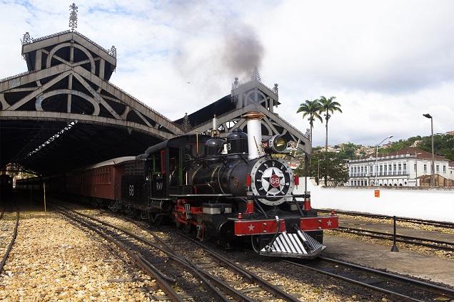 Trem entre São João Del Rei e Tiradentes é no estilo Maria-Fumaça. Foto: Eduardo Rocha/RR/Divulgação