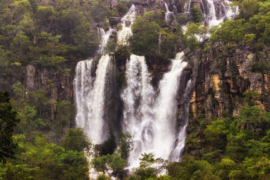 Além de belas cachoeiras, a Fazenda São Bento oferece rapel, tirolesa, pousada e restaurante (Crédido: Mundo Sem Muros)