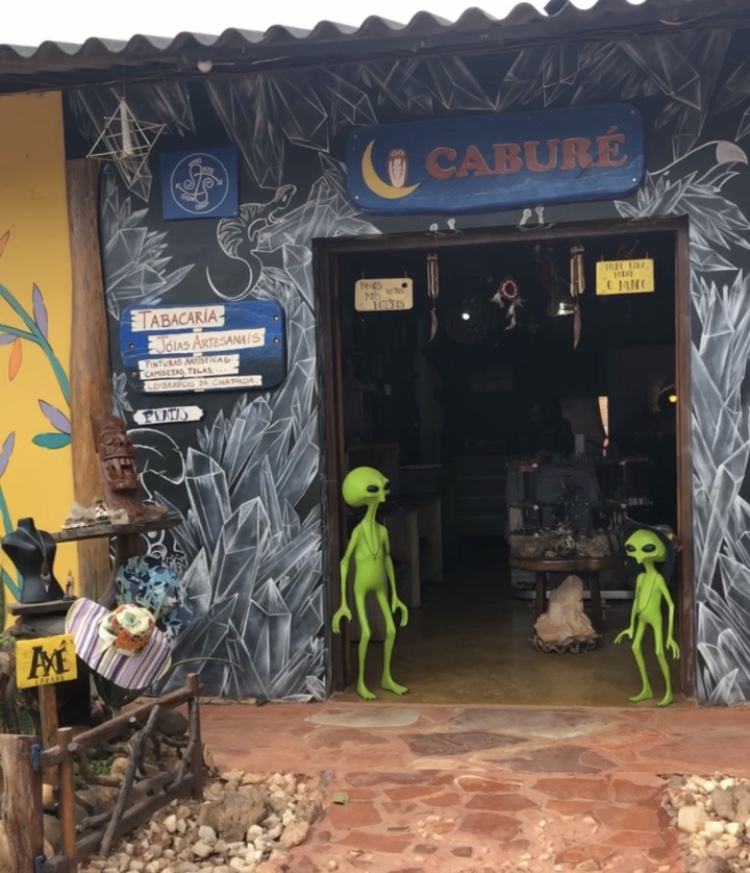 Chapada dos Veadeiros é um local de muitas crenças, dentre elas a da existência de seres extraterrestres