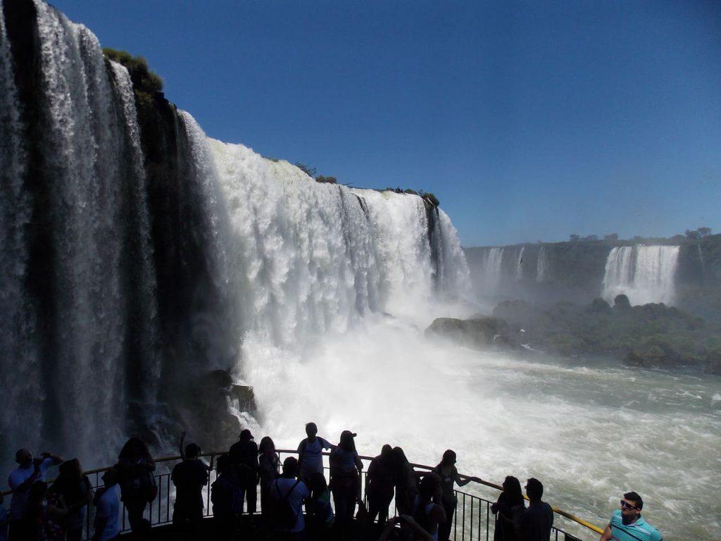 Cenário famoso no mundo todo, as Cataratas do Iguaçu estão presentes em filmes como Pantera Negra e Indiana Jones -